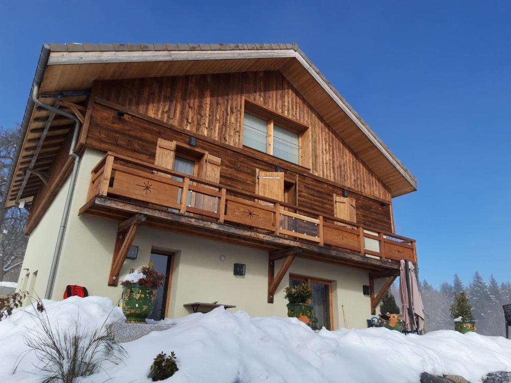 Les Chalets de Ludran during the winter