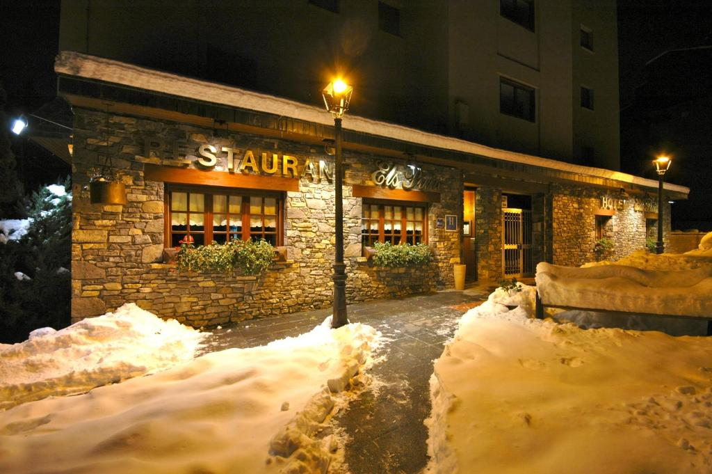Hotel Els Puis a l'hivern