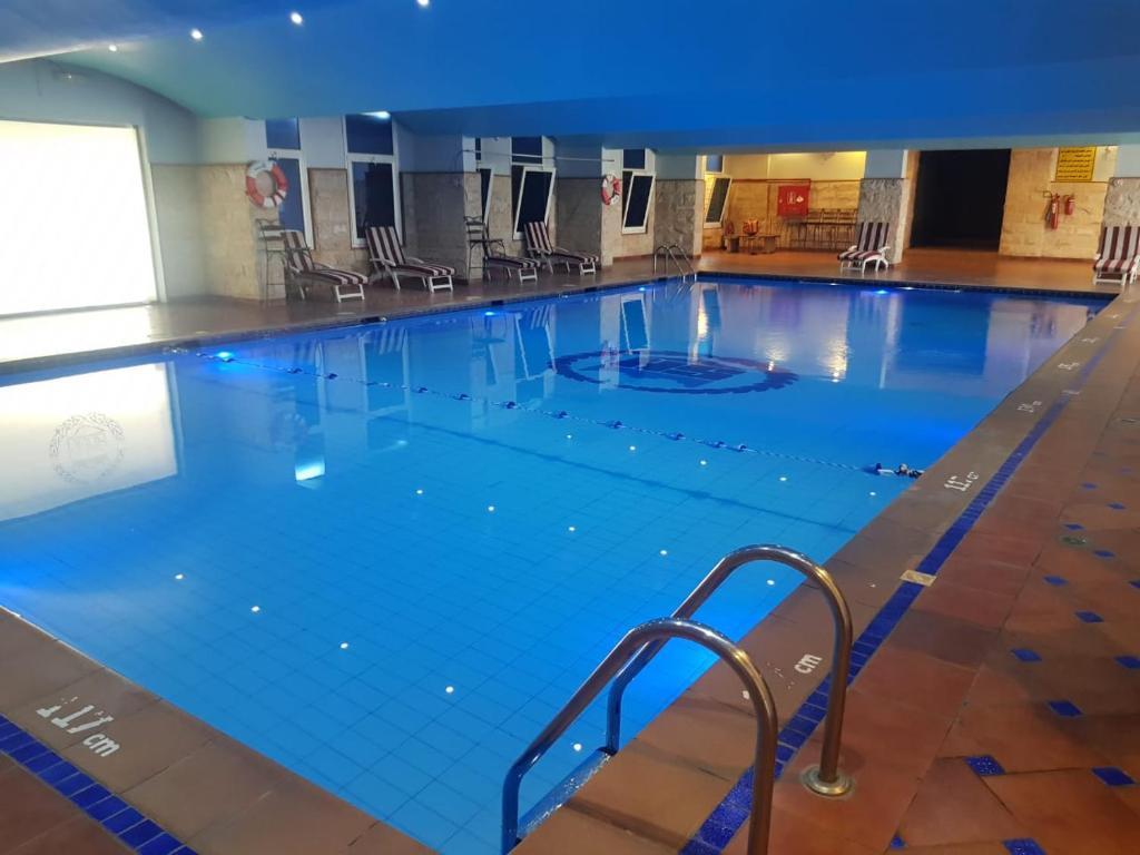 المسبح في شفا أبها - Shafa Abha Hotel أو بالجوار