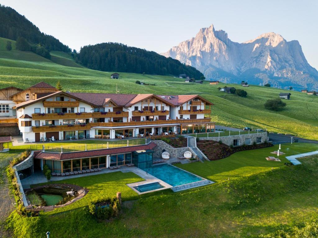 Blick auf Hotel Rosslaufhof aus der Vogelperspektive