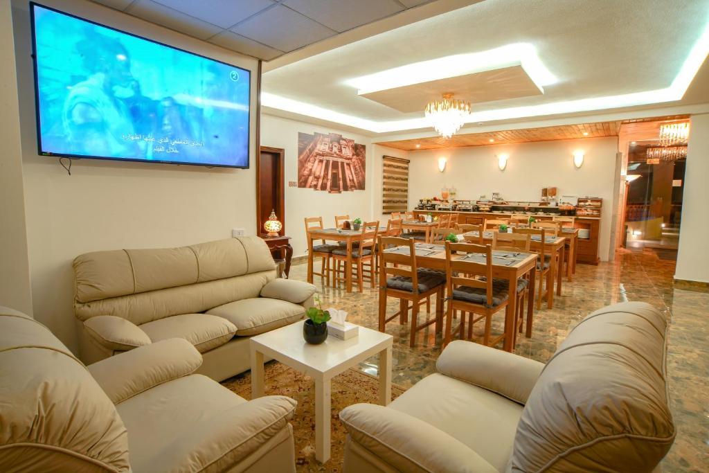Petra Plaza Hotel Wadi Musa Updated 2021 Prices