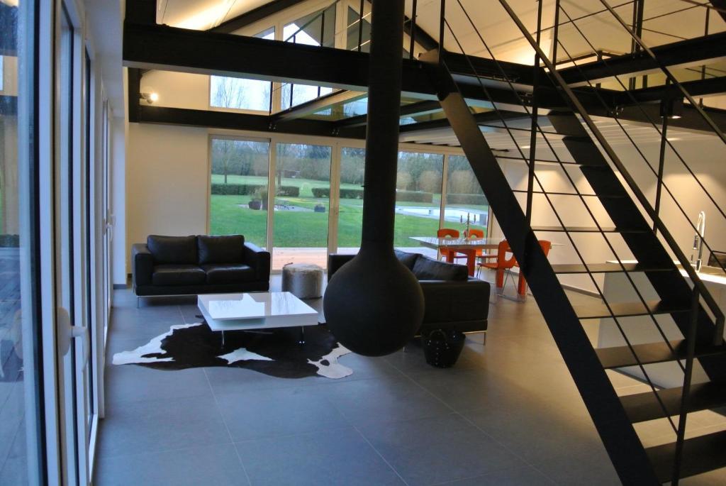 La Maison Contemporaine, Namur (8.8/8)  Tarifs 8 mis à jour
