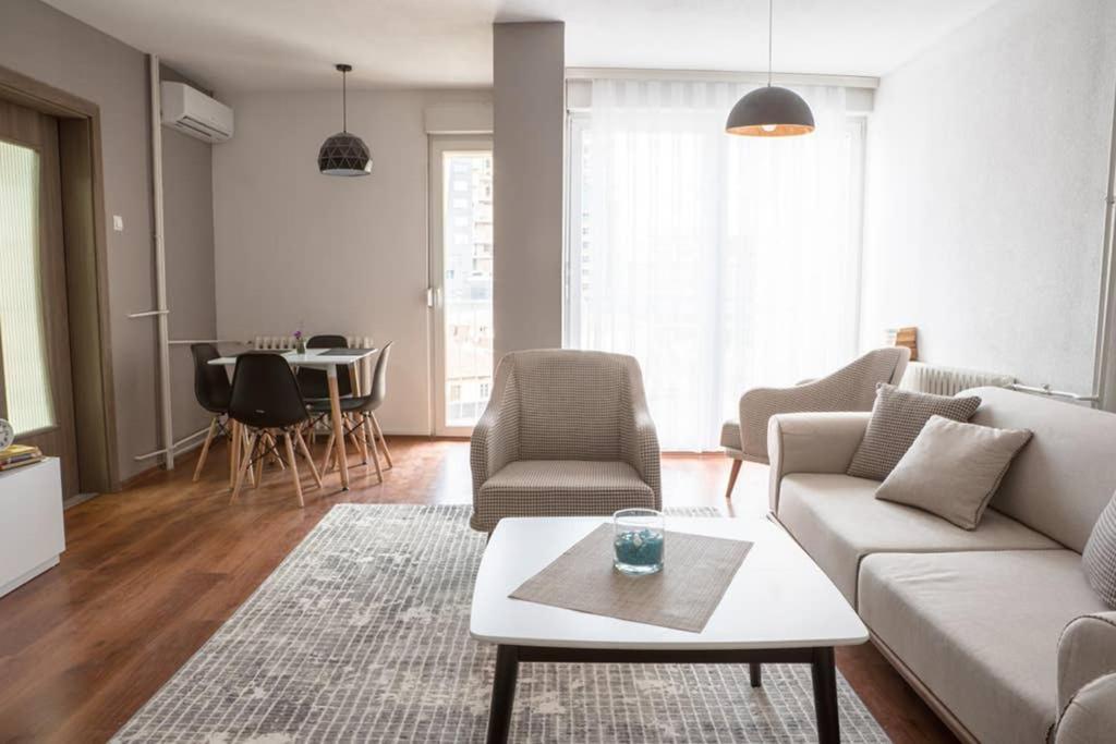 LINA- PRN, The Dardania Apartment