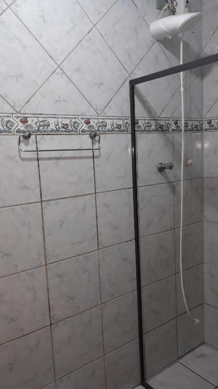A bathroom at Pousada da Lu em Pelotas