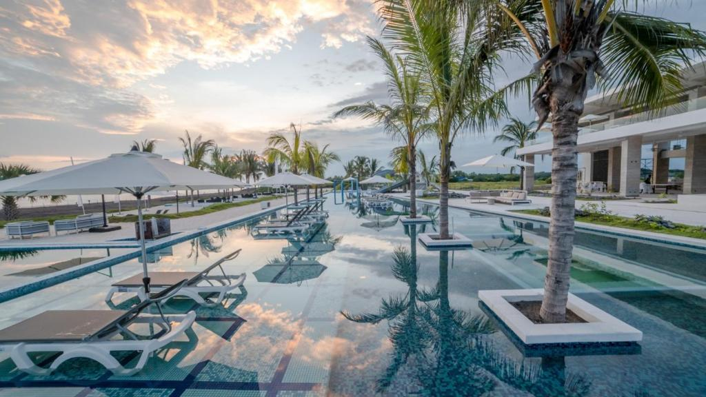 The swimming pool at or near Oceana Resort & Conventions