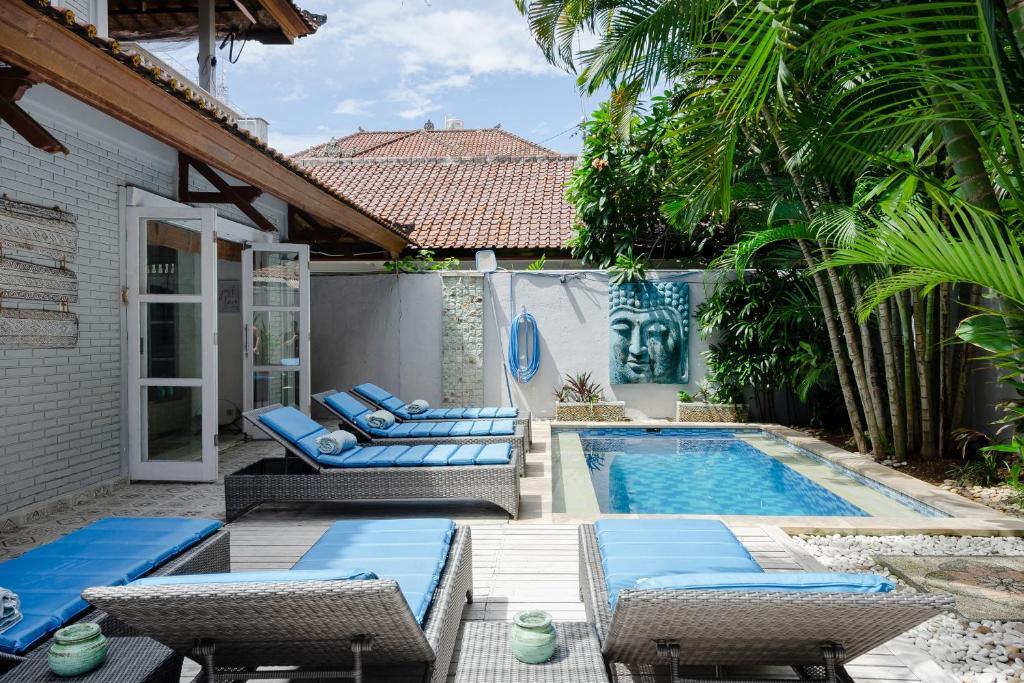 Tropical House - Legian