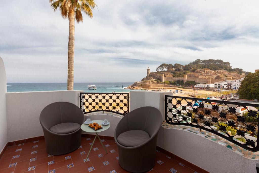 hoteles con encanto en tossa de mar  13