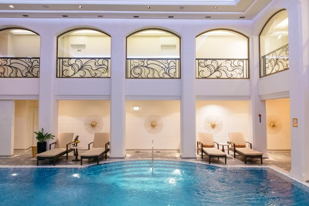 The swimming pool at or near The St. Regis Moscow Nikolskaya