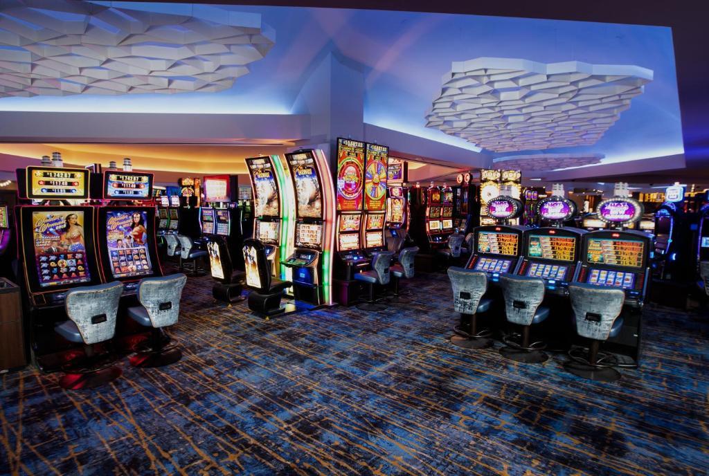 stratosphere hotel casino booking com
