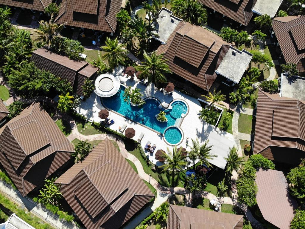 A bird's-eye view of BLU PINE Villa & Pool Access