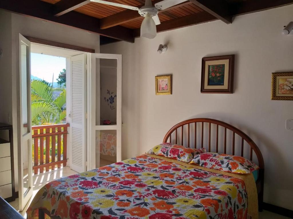 A bed or beds in a room at Duplex Top! - Visit and Love Us - Piccola Marina Bracuhy