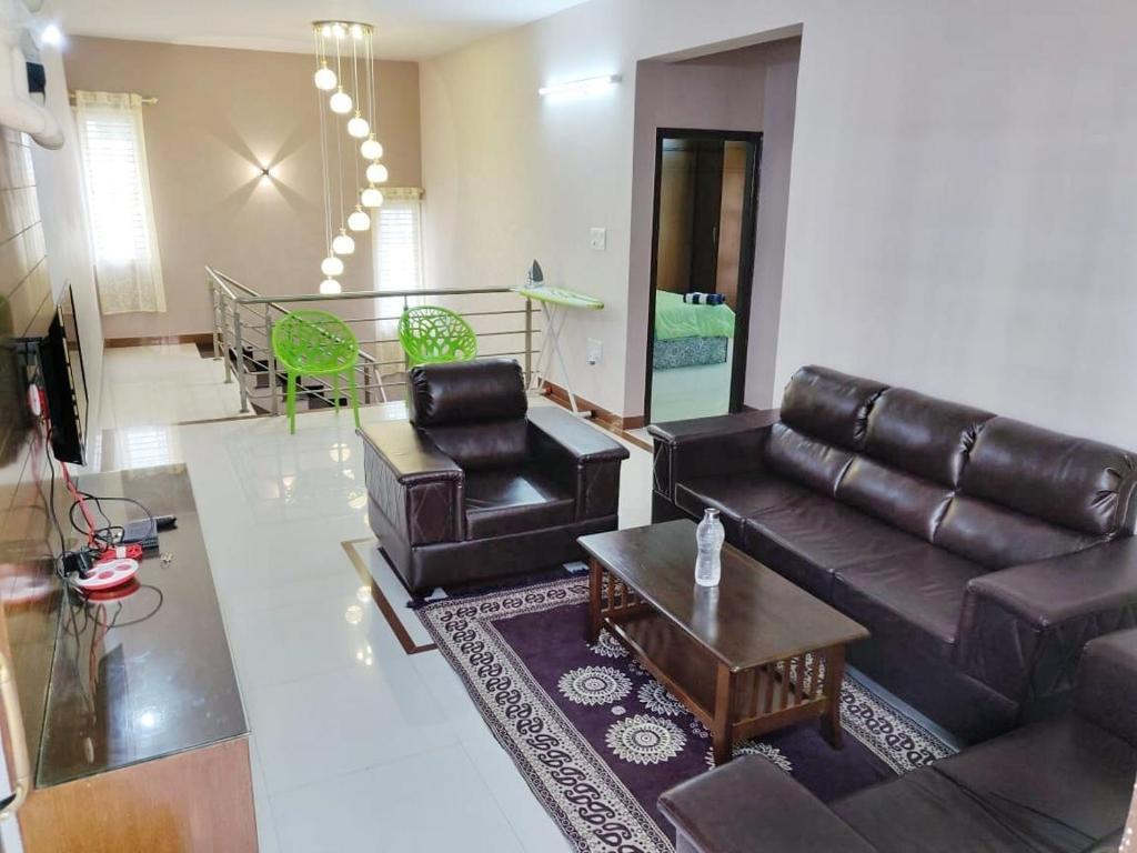 Apartment Premium 3 Bedroom Duplex Flat For Bangalore India Booking Com