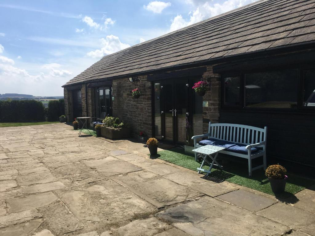 Windy Bank Hall - Holiday Home in Wortley, South Yorkshire, England