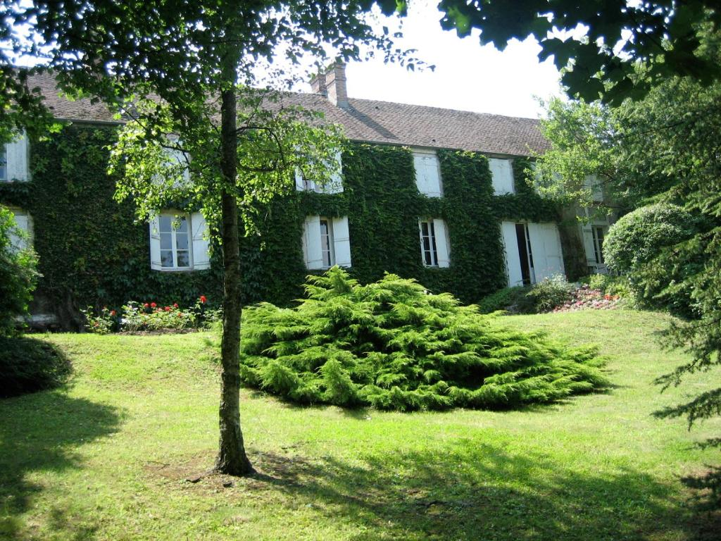 Maison de charme en forêt de Fontainebleau, Recloses – Updated