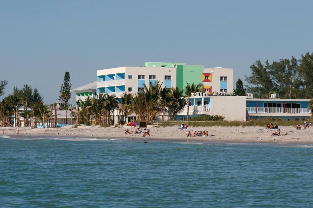 WannaB Inn, Englewood, FL - Booking.com