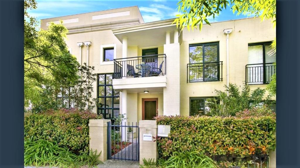 Campbelltown Most Sought After Park Central Home
