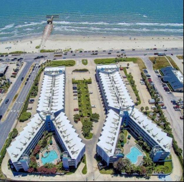 Casa Del Mar Beachfront Condo
