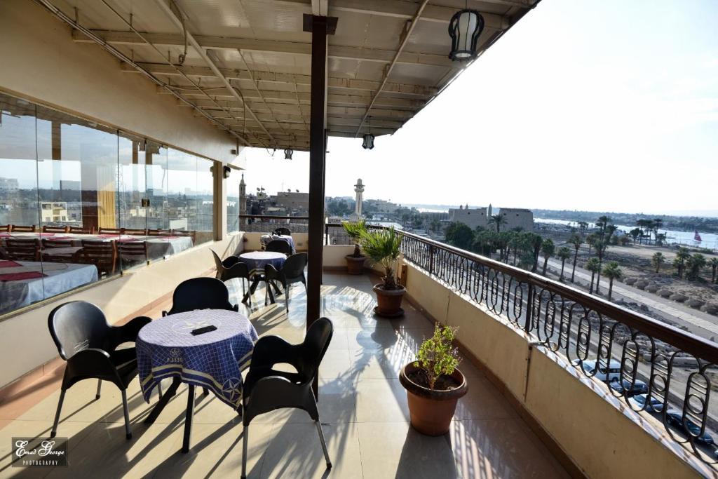 شرفة أو تراس في فندق سوزانا الأقصر