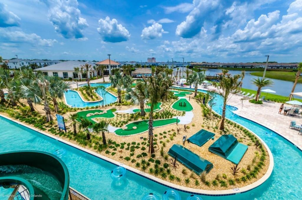 A view of the pool at Luxury Resort Vacation Townhouses and Condos or nearby