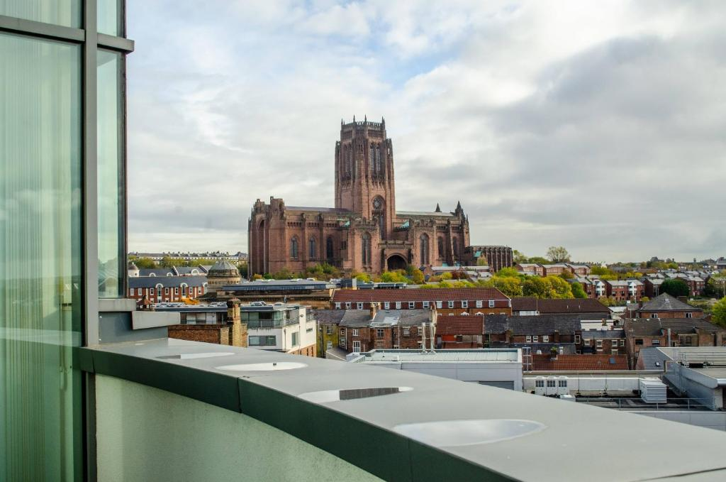 Penthouse With Phenomenal Views In Liverpool City Centre Free Parking 35 Kent St By Happy Days Apt 16 Liverpool Updated 2021 Prices