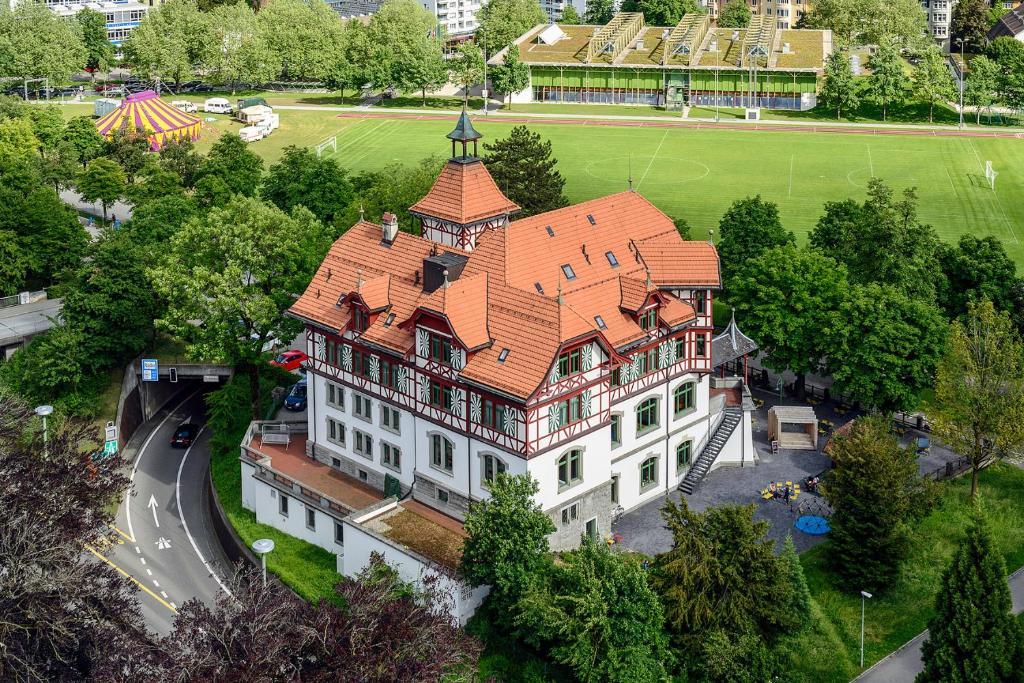 Blick auf Militärkantine St. Gallen aus der Vogelperspektive