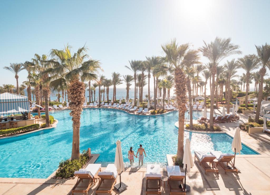 Het zwembad bij of vlak bij Four Seasons Resort Sharm El Sheikh