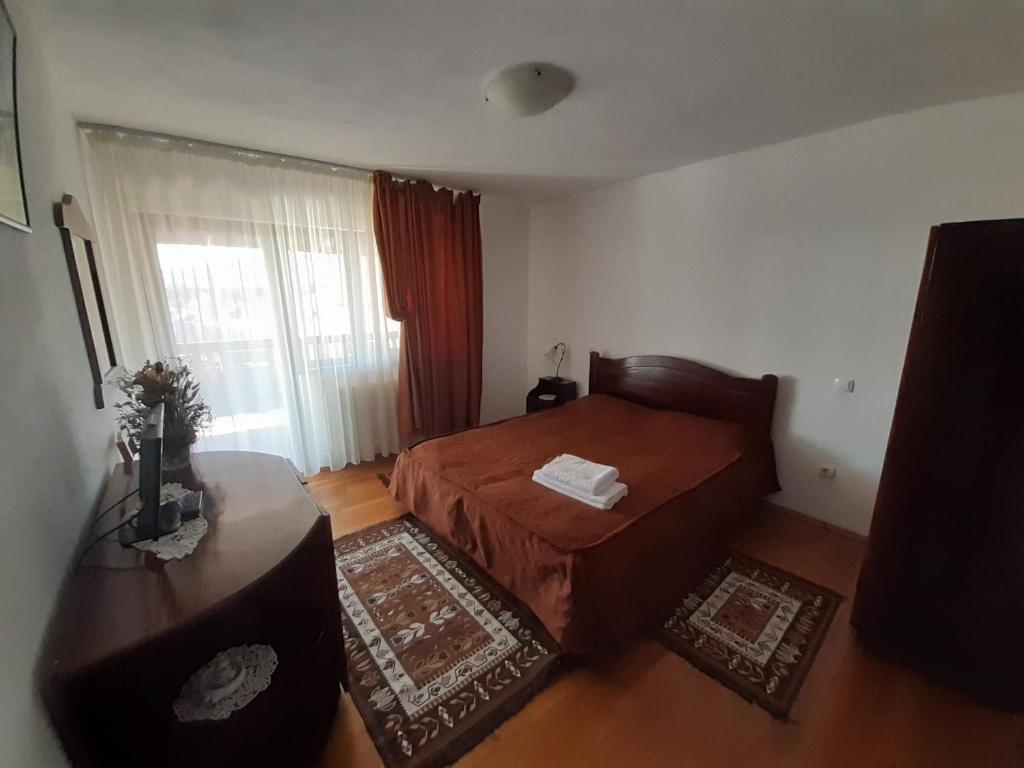 Casa din Salcami, Polovragi – Prețuri actualizate 2021