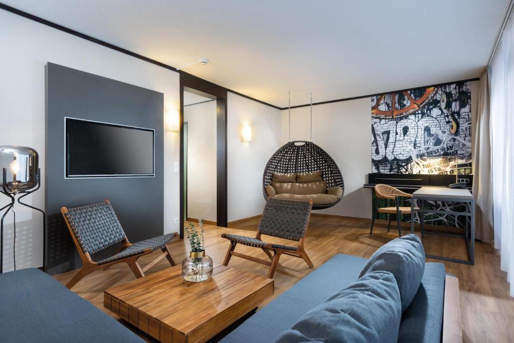 Ein Sitzbereich in der Unterkunft Seminaris Hotel Lüneburg