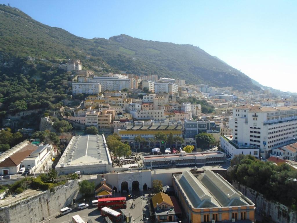3 Bed 2 Bath Modern Apt In Ocean Village Gibraltar High Floor Stunning Views Gibraltar Booking Com