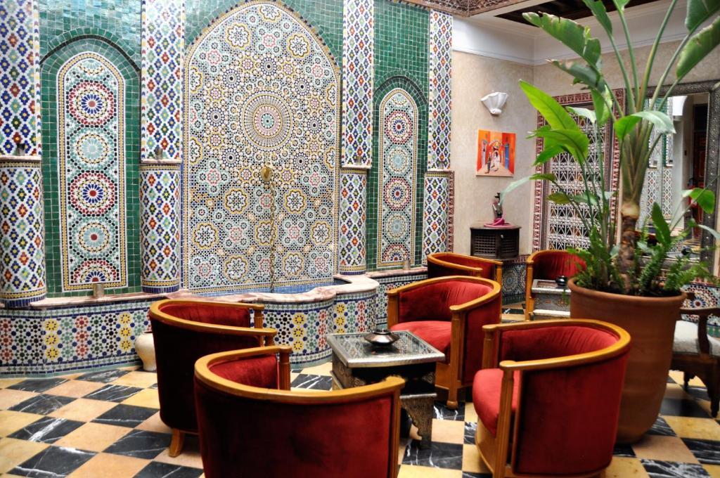 The lounge or bar area at Riad l'Escale de Marrakech