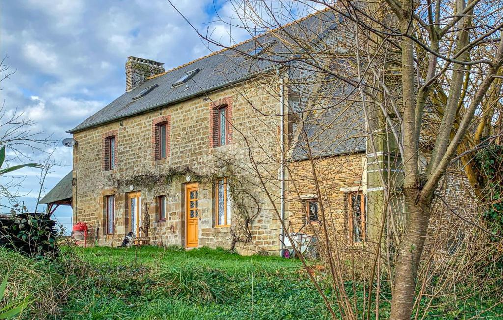 Stunning home in Vauce w/ WiFi and 2 Bedrooms