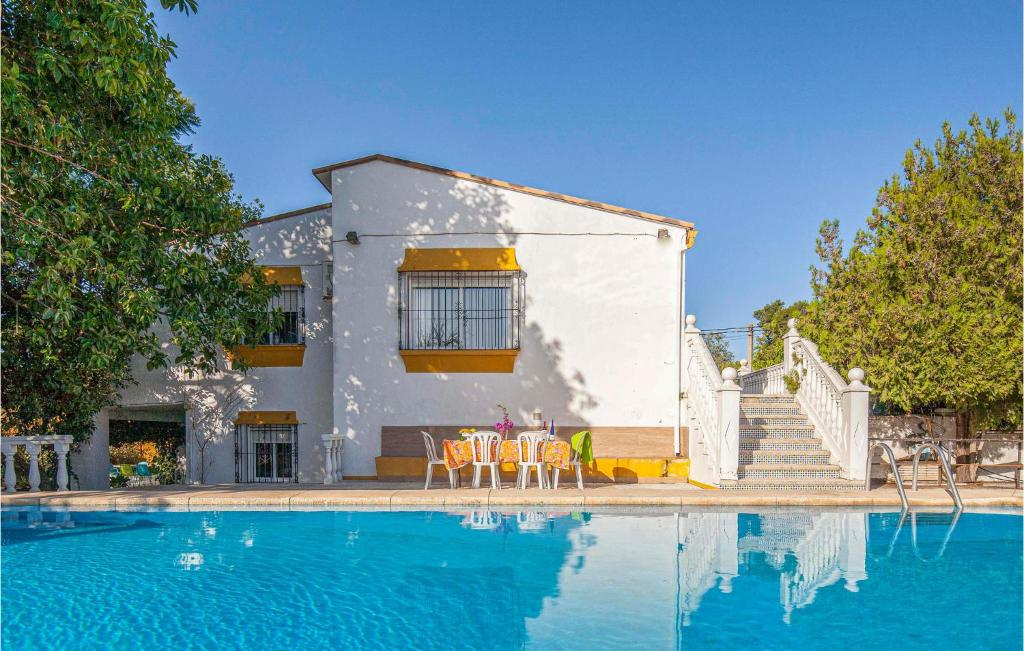 Seven-Bedroom Holiday Home in Tomares