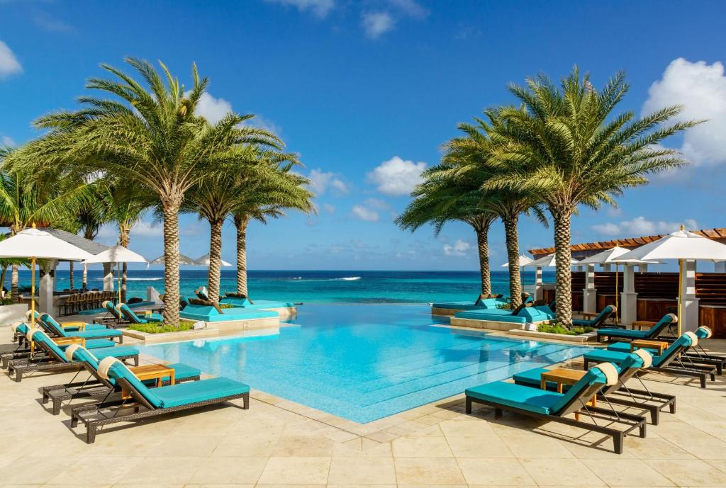 The swimming pool at or near Zemi Beach House, LXR Hotels & Resorts