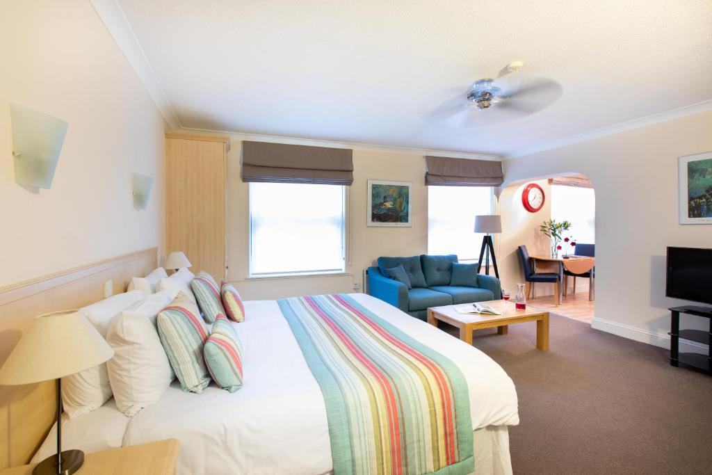 SACO Jersey - Merlin House - Laterooms