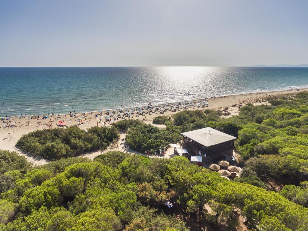 A bird's-eye view of Villaggio Camping Le Marze