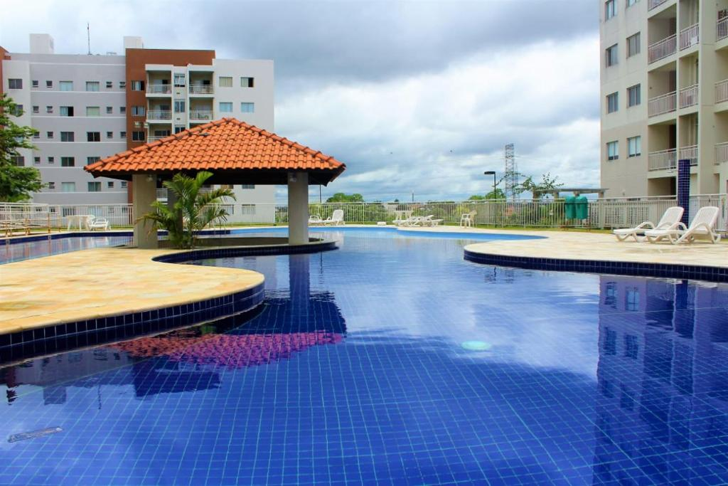 The swimming pool at or near FLEX PARQUE 10