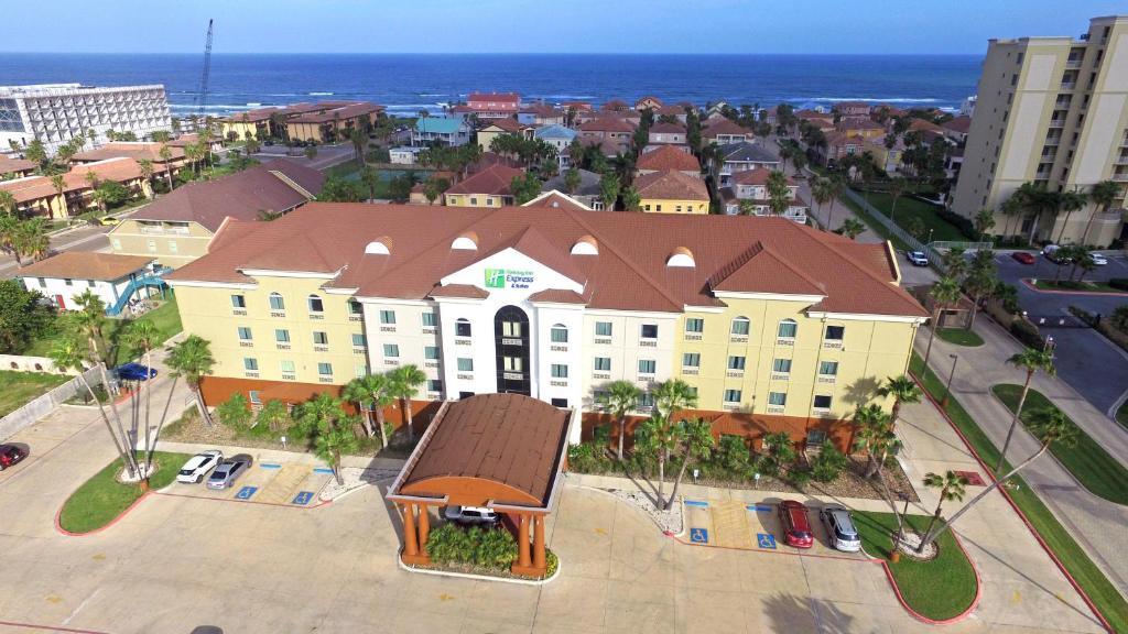 A bird's-eye view of Holiday Inn Express Hotel and Suites South Padre Island