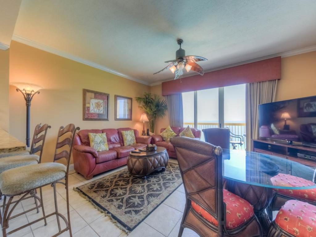 Calypso Resort and Towers E2203