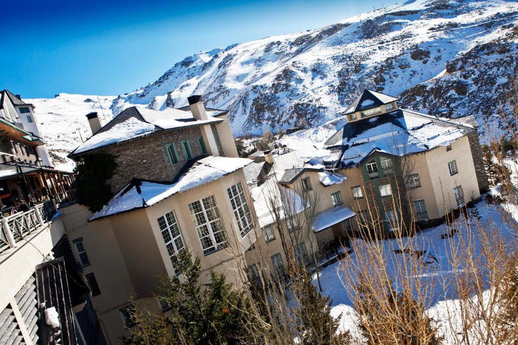 Hotel Apartamentos Trevenque Sierra Nevada, Spain