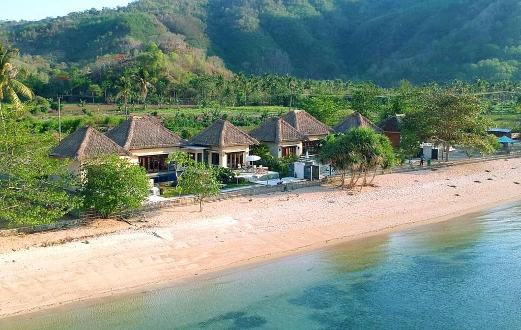 A bird's-eye view of Star Sand Beach Resort