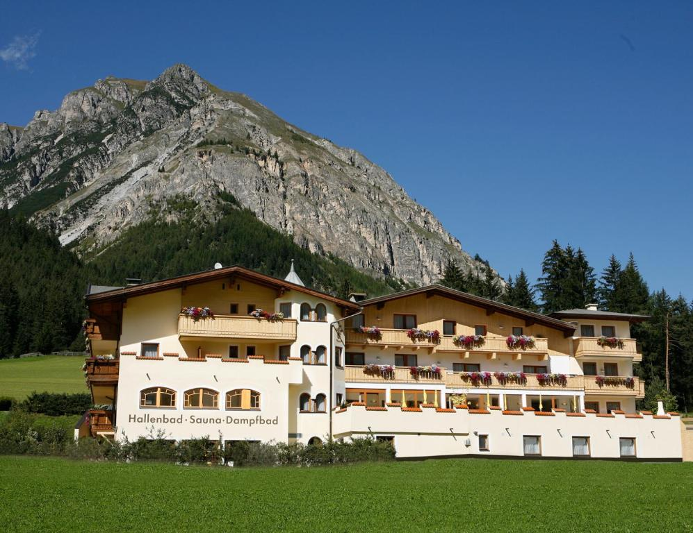 Hotel Kirchdach Gschnitz, Austria