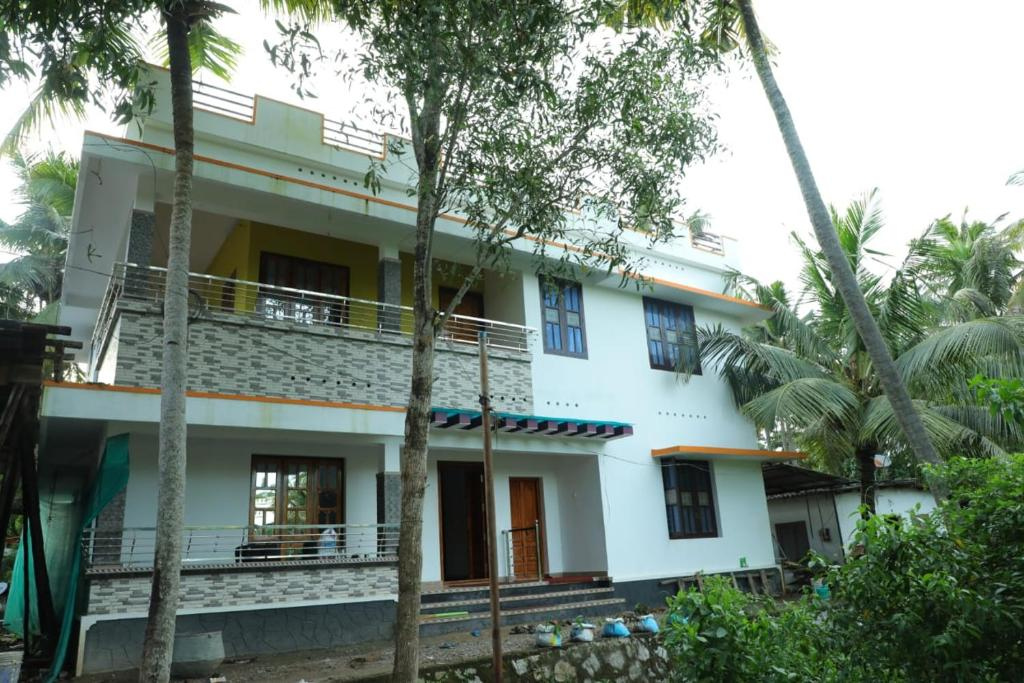 Punartham Serviced Villa
