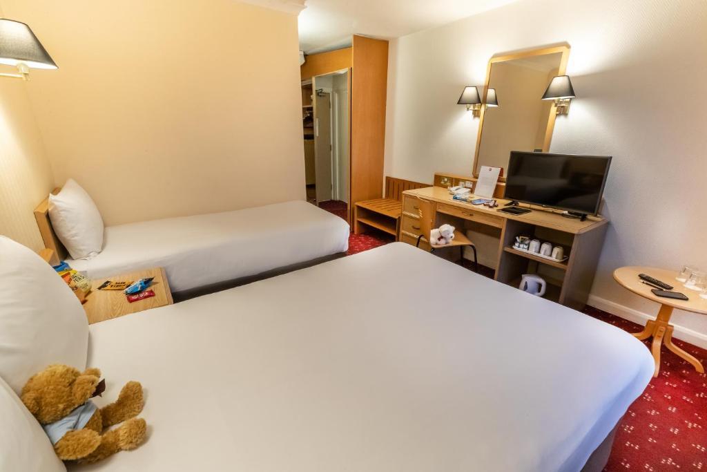 Best Hotels Near Chelsea Football Club Stadium
