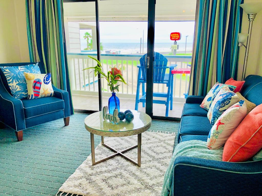 Beachfront Suite- enjoy the sun, food, and relax.