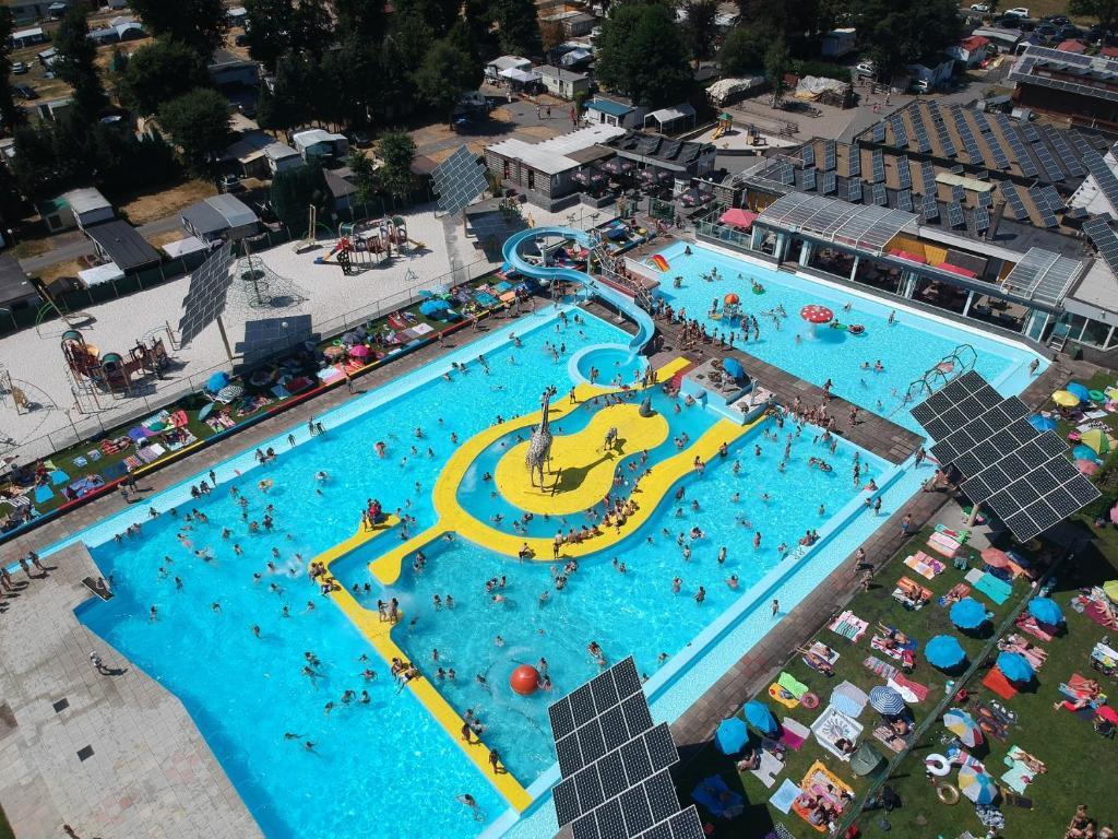 Vakantiepark Wilhelm Tell Superieur Chalet