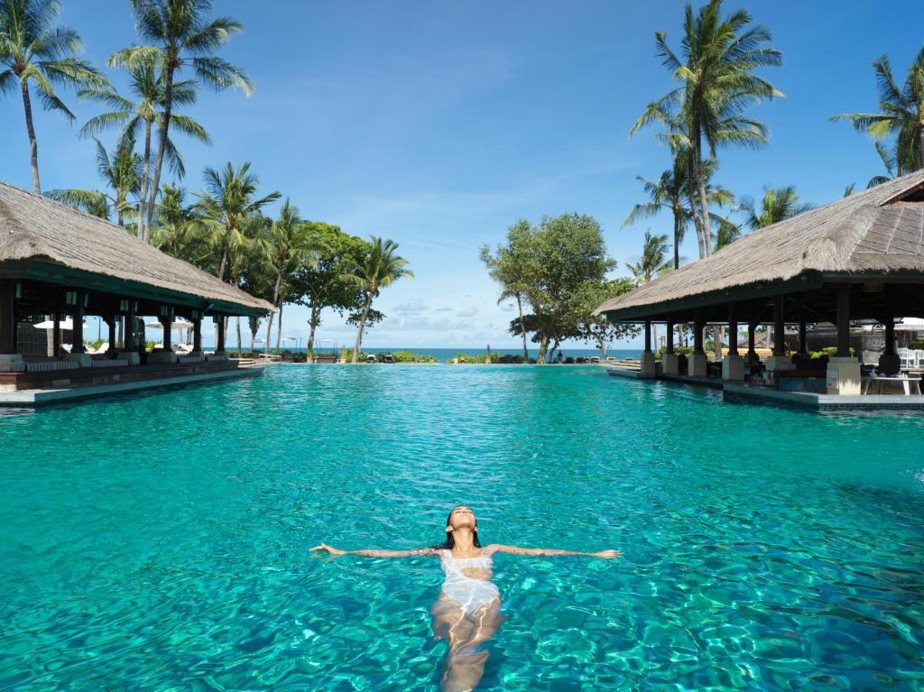 The swimming pool at or close to InterContinental Bali Resort