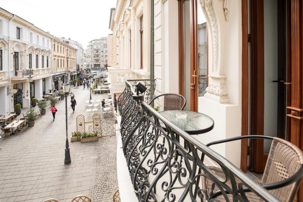 A balcony or terrace at Concorde Old Bucharest Hotel