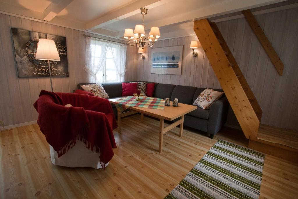 Vacation Home Solbakken Horse Farm And Holiday Fevag Norway Booking Com