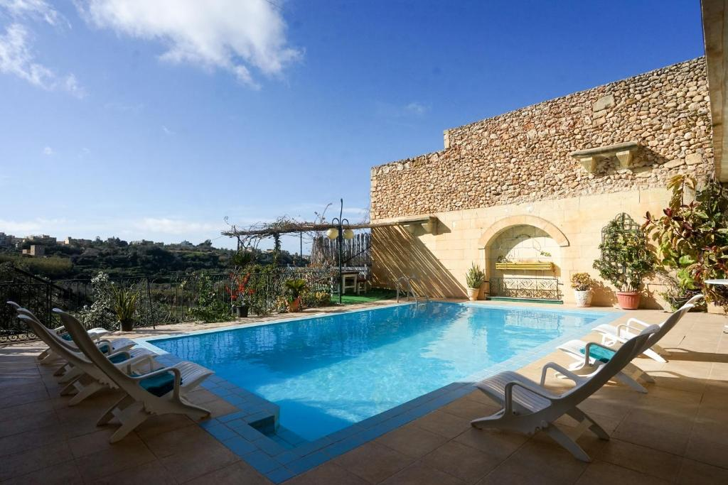 Valley Views Holiday Home Xagħra Malta Booking Com