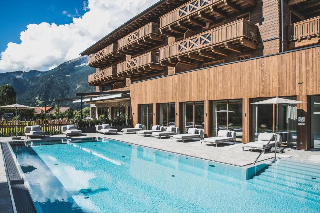 The swimming pool at or close to PURE Resort Ehrwald